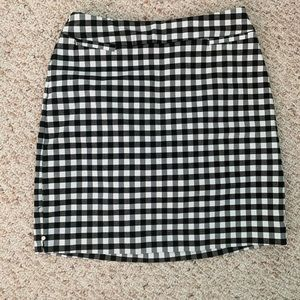 Never worn!! Black and white checkered skort